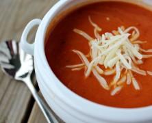 Domatesli un çorbası
