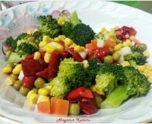 Garnitürlü Brokoli salatası